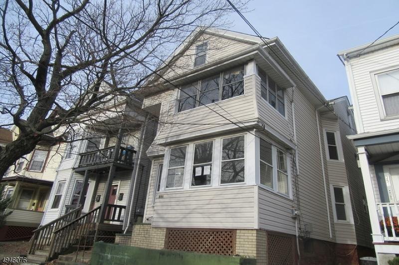 Multi-Family Homes pour l Vente à Address Not Available Prospect Park, New Jersey 07508 États-Unis