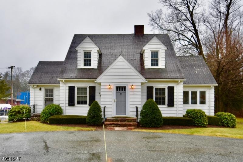 Single Family Homes için Kiralama at West Milford, New Jersey 07438 Amerika Birleşik Devletleri