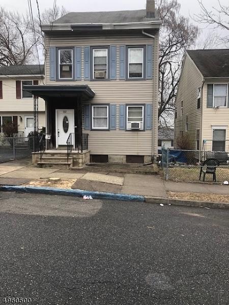 Property 为 出租 在 Paterson, 新泽西州 07522 美国