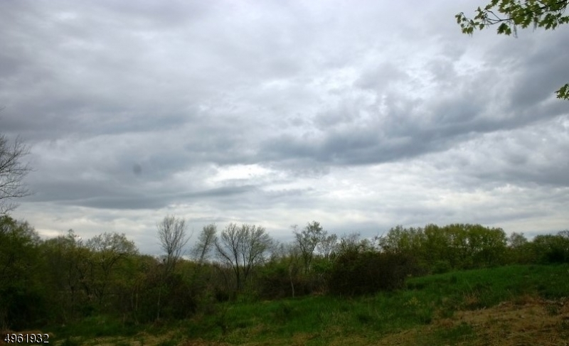 Property 为 销售 在 Mansfield, 新泽西州 07840 美国