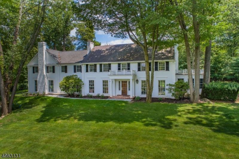 Single Family Homes por un Venta en Franklin Lakes, Nueva Jersey 07417 Estados Unidos