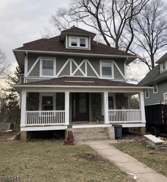 Single Family Homes для того Продажа на Plainfield, Нью-Джерси 07062 Соединенные Штаты