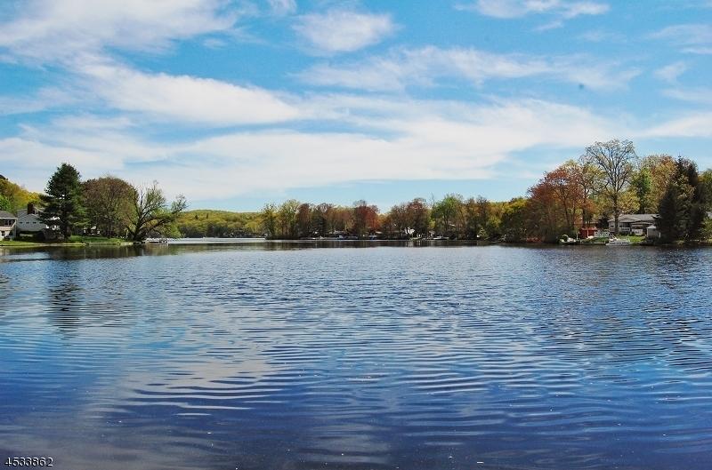 Земля для того Продажа на 8 W Shawnee Trail Jefferson Township, Нью-Джерси 07885 Соединенные Штаты