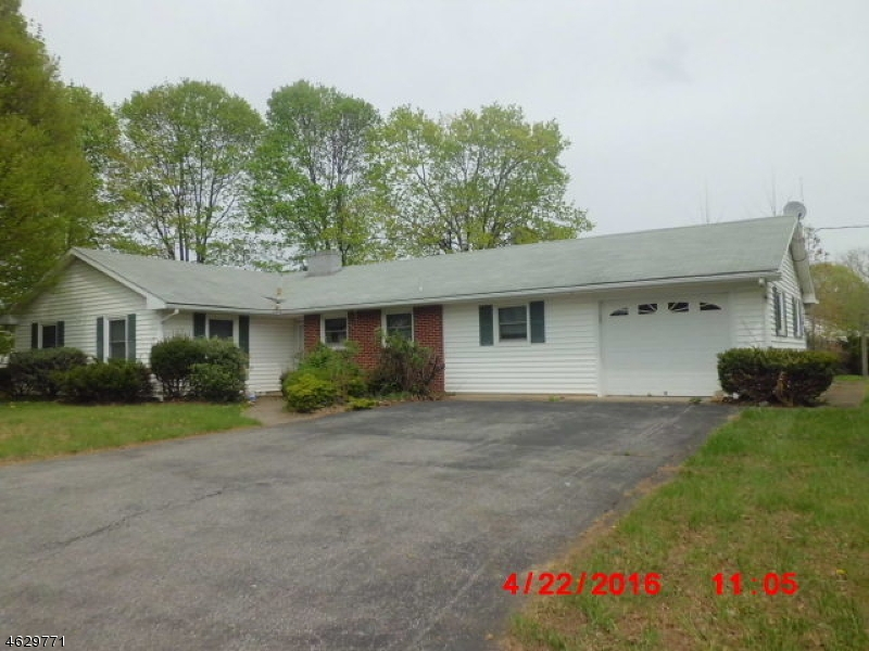 Additional photo for property listing at 711 Rugby Road  Phillipsburg, Нью-Джерси 08865 Соединенные Штаты