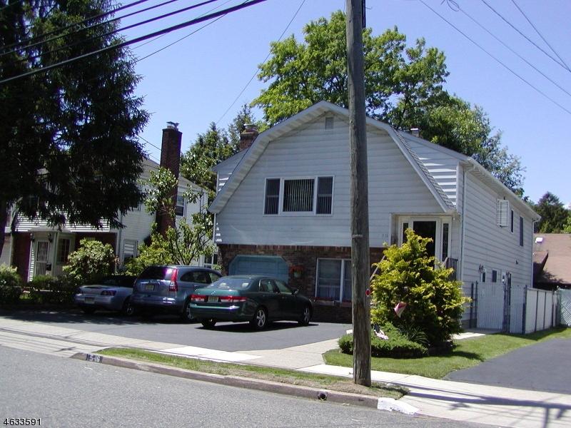 独户住宅 为 销售 在 5-16 17th Street 费尔劳恩, 07410 美国