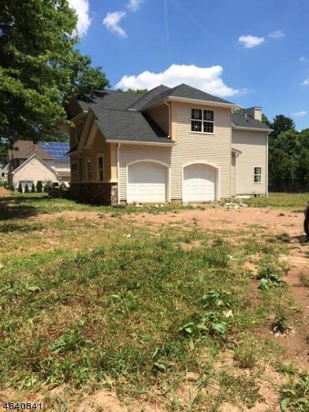 独户住宅 为 销售 在 1017 Field Avenue 平原镇, 07060 美国