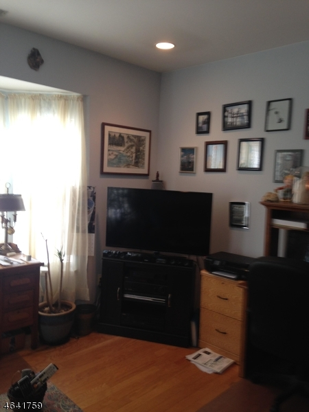 Additional photo for property listing at 35 Allister Court  Lincoln Park, Nueva Jersey 07035 Estados Unidos