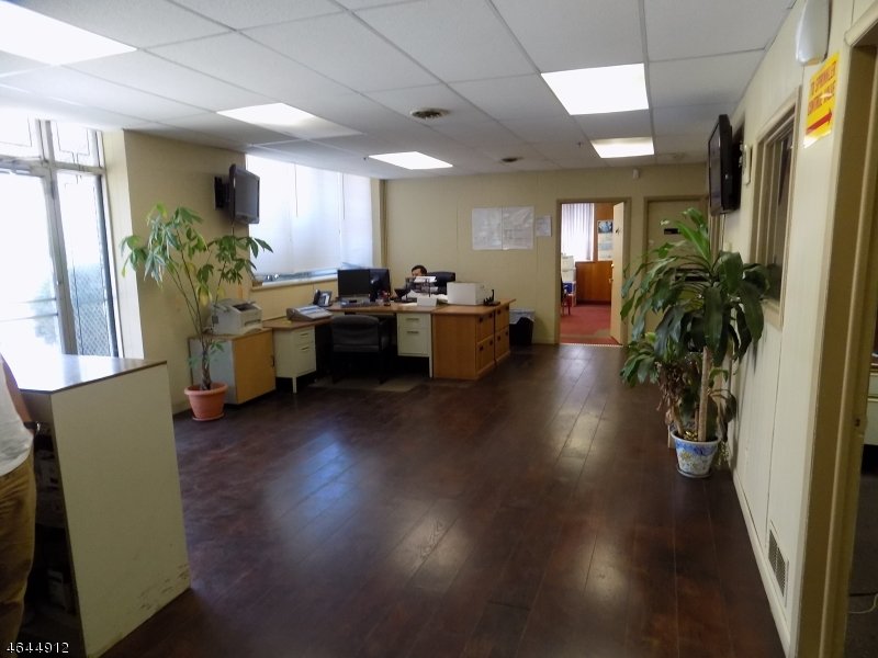 Additional photo for property listing at 290-98 NYE Avenue  Irvington, 新泽西州 07111 美国