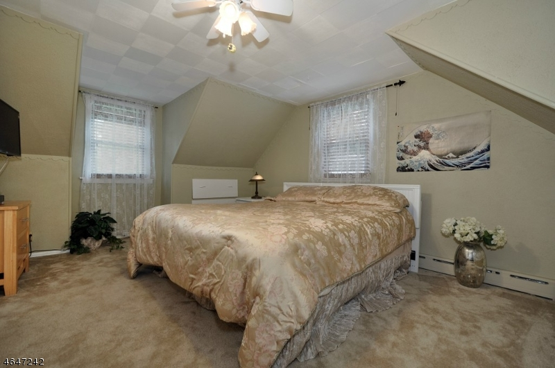Additional photo for property listing at 1649-53 PROSPECT Avenue  Plainfield, Нью-Джерси 07060 Соединенные Штаты