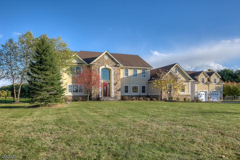 Casa Unifamiliar por un Alquiler en 46 Fairmount Rd W Califon, Nueva Jersey 07830 Estados Unidos