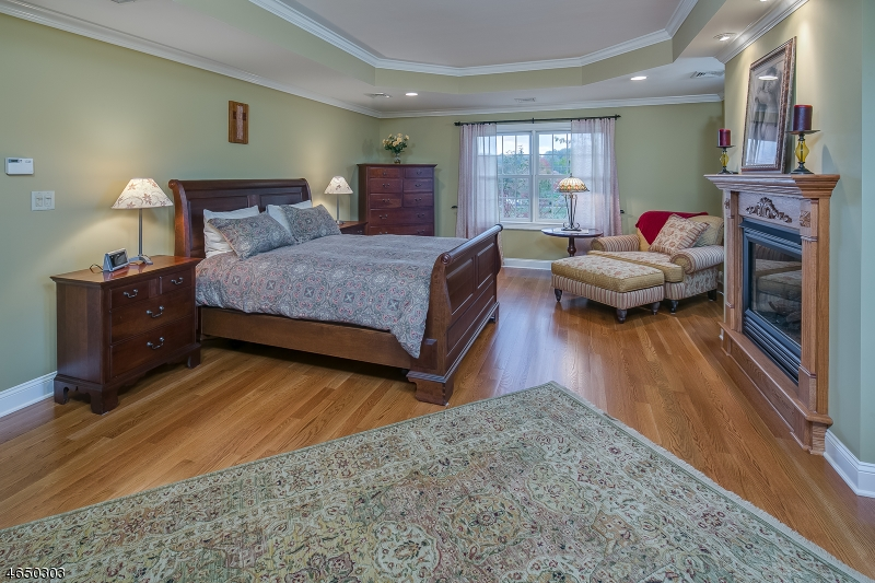 Additional photo for property listing at 46 Fairmount Rd W  Califon, New Jersey 07830 United States