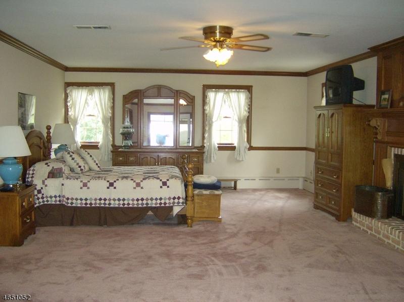Additional photo for property listing at 61 Winters Road  Phillipsburg, Нью-Джерси 08865 Соединенные Штаты