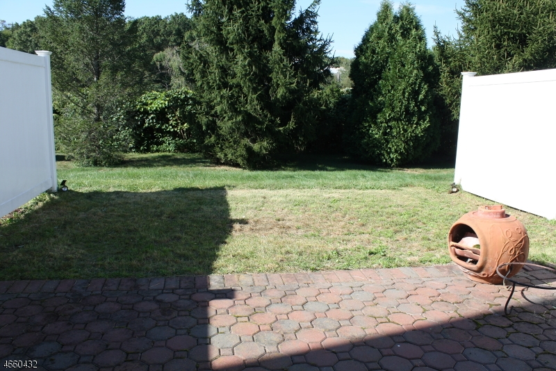 Additional photo for property listing at 60 Staghorn Drive  Matawan, New Jersey 07747 United States