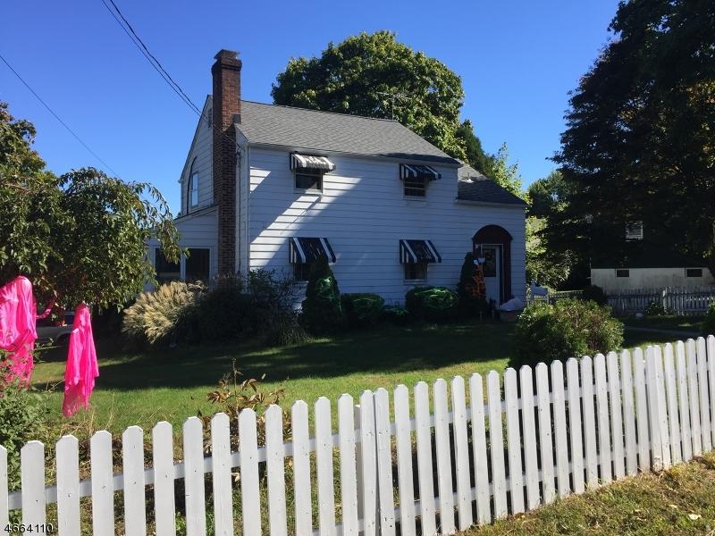 Casa Unifamiliar por un Venta en 1129 Cedar Street Boonton, Nueva Jersey 07005 Estados Unidos