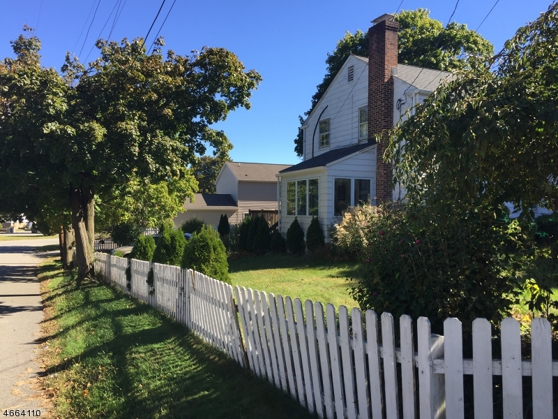 Additional photo for property listing at 1129 Cedar Street  Boonton, Nueva Jersey 07005 Estados Unidos