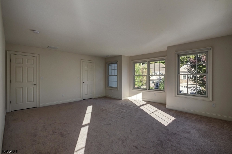 Additional photo for property listing at 45 LARA PLACE  Warren, New Jersey 07059 États-Unis