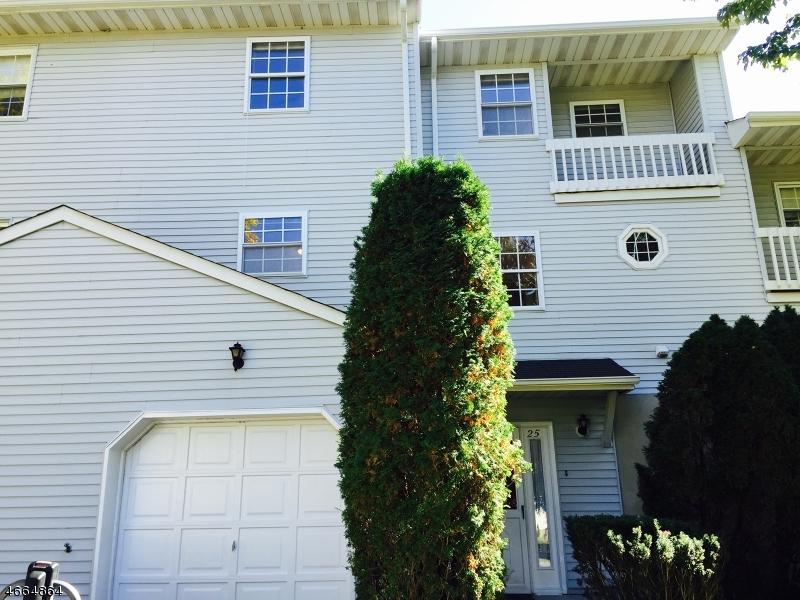 Частный односемейный дом для того Аренда на 25 Bowfell Court Wayne, 07470 Соединенные Штаты