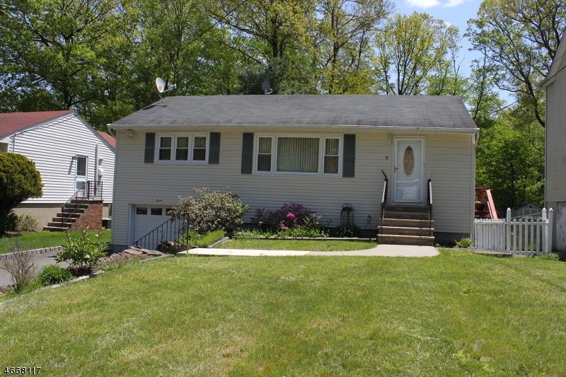 Casa Unifamiliar por un Alquiler en 7 Kaw Avenue Rockaway, Nueva Jersey 07866 Estados Unidos
