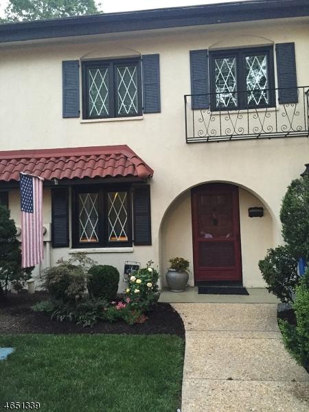 Частный односемейный дом для того Аренда на 1-C DORADO Drive Morristown, 07960 Соединенные Штаты