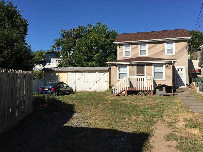 Maison unifamiliale pour l à louer à 25-27 NEW Street Belleville, New Jersey 07109 États-Unis