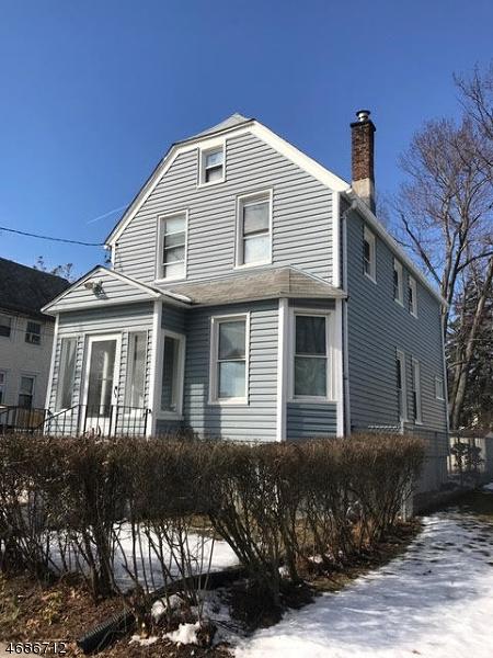 Частный односемейный дом для того Аренда на 630 Prosper Avenue Roselle, Нью-Джерси 07203 Соединенные Штаты