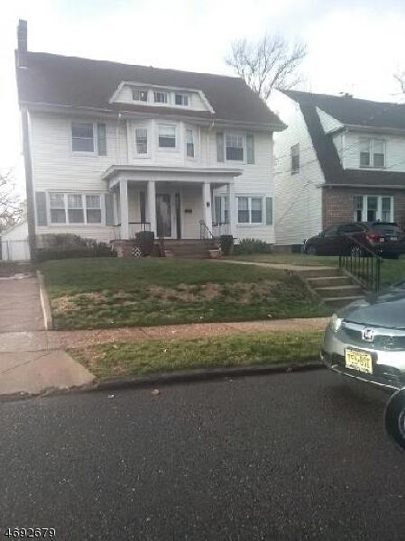 Single Family Home for Rent at 62 Hillside Road Elizabeth, 07208 United States