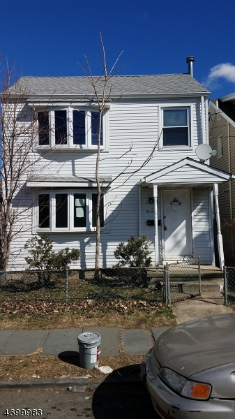 Single Family Home for Sale at 14 Manchester Avenue Paterson, New Jersey 07502 United States