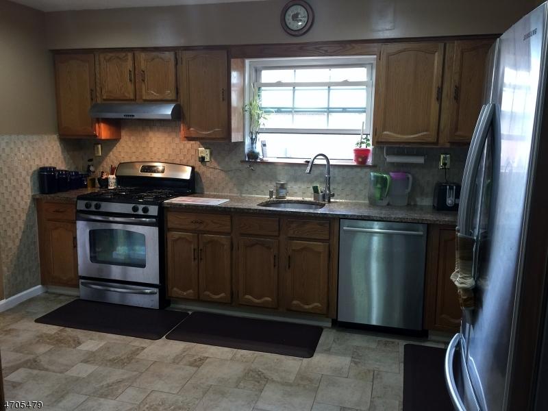 Casa Unifamiliar por un Alquiler en 2907 Kent Place Hillsborough, Nueva Jersey 08844 Estados Unidos