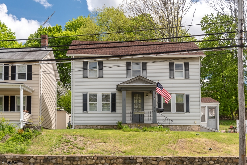 Single Family Home for Sale at 107 Main Street Netcong, New Jersey 07857 United States