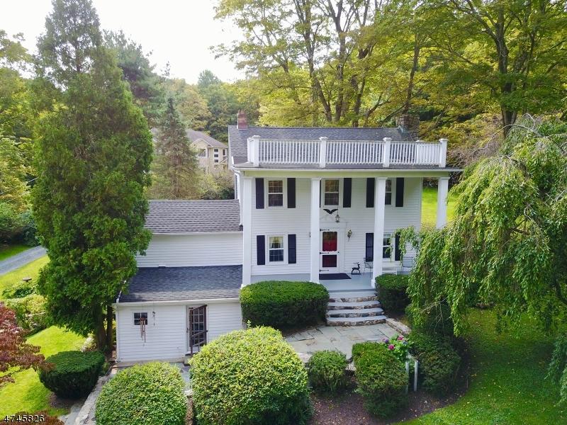 Casa Unifamiliar por un Venta en 5 S Hayward Road Sparta, Nueva Jersey 07871 Estados Unidos