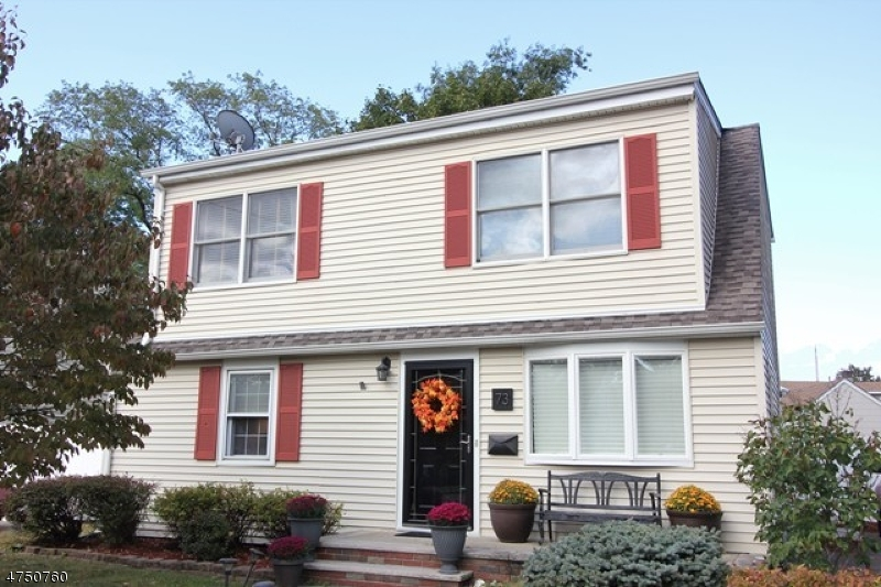 Single Family Home for Sale at 73 Burnside Place Wanaque, New Jersey 07420 United States