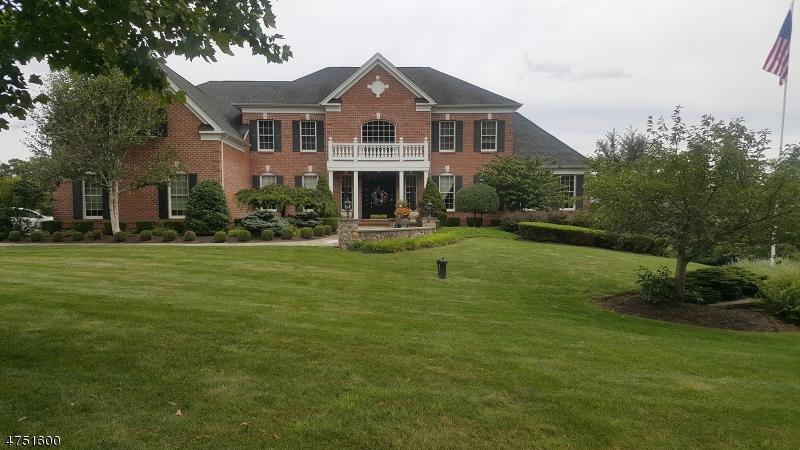 Casa Unifamiliar por un Venta en 26 Ridgeline Drive Washington, Nueva Jersey 07853 Estados Unidos