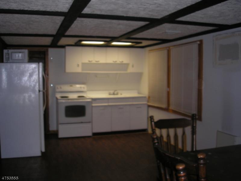 Частный односемейный дом для того Аренда на 2 Wabash Trail Hopatcong, Нью-Джерси 07821 Соединенные Штаты