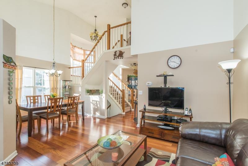 Частный односемейный дом для того Аренда на 1208 WINDSOR COURT Denville, Нью-Джерси 07834 Соединенные Штаты