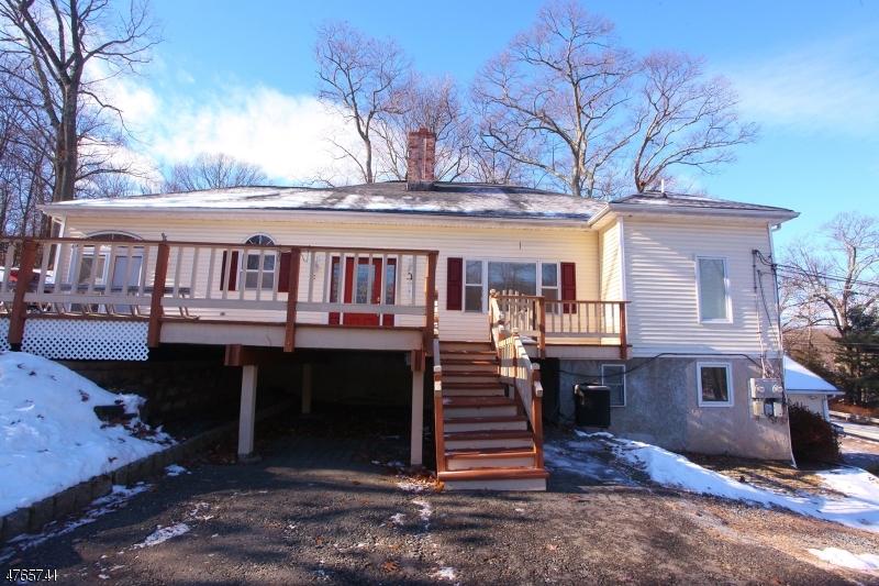 Частный односемейный дом для того Аренда на 318 Maxim Drive Hopatcong, Нью-Джерси 07843 Соединенные Штаты