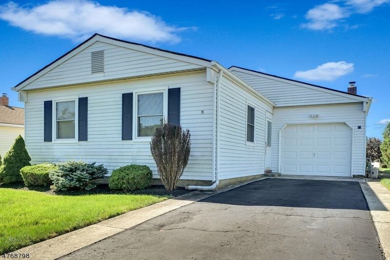 Single Family Home for Sale at 11 SABINAS Street 11 SABINAS Street Berkeley Township, New Jersey 08757 United States