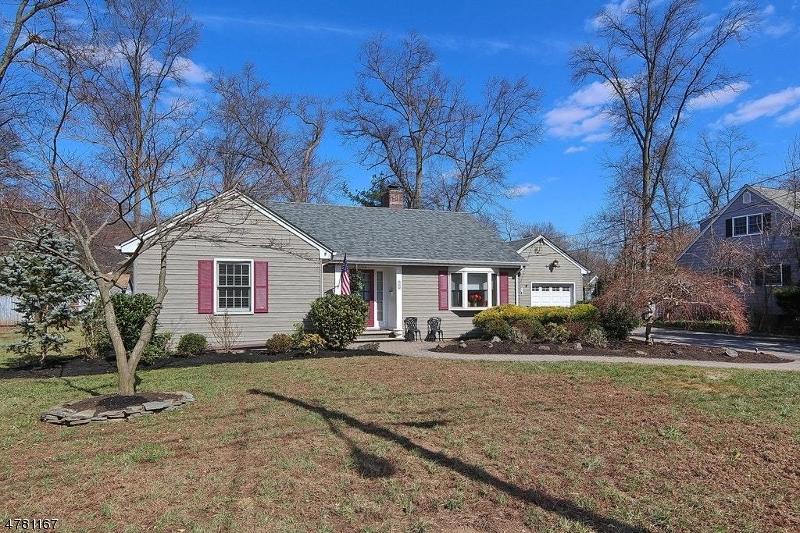 獨棟家庭住宅 為 出售 在 287 Metape Cir N Bound Brook, 新澤西州 08805 美國