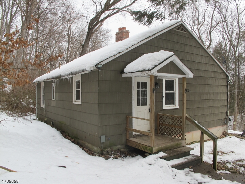 Частный односемейный дом для того Продажа на 224 Wild Cat Road Franklin, Нью-Джерси 07416 Соединенные Штаты