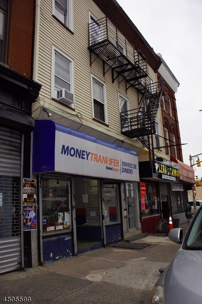 Commercial for Sale at 76 MARKET Street Paterson, New Jersey 07501 United States