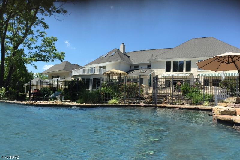 獨棟家庭住宅 為 出售 在 1 Pine Place Clinton, 新澤西州 08801 美國