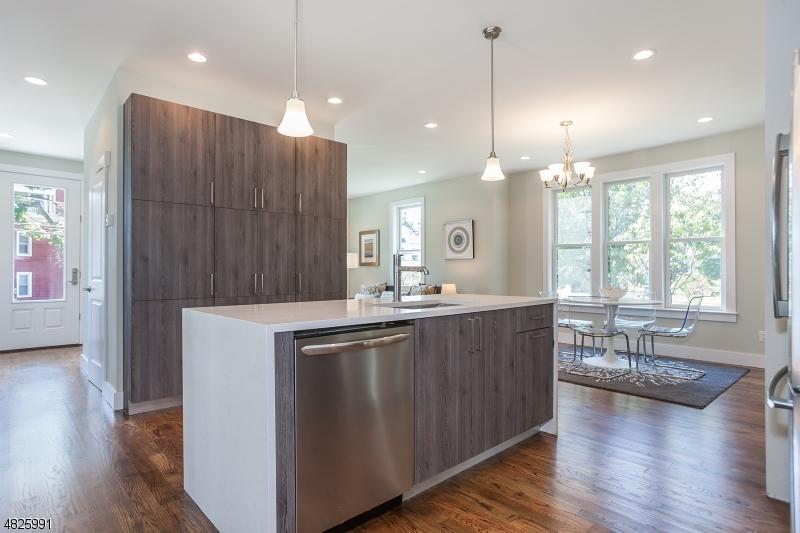 Maison unifamiliale pour l à louer à 99 Claremont Montclair, New Jersey 07042 États-Unis