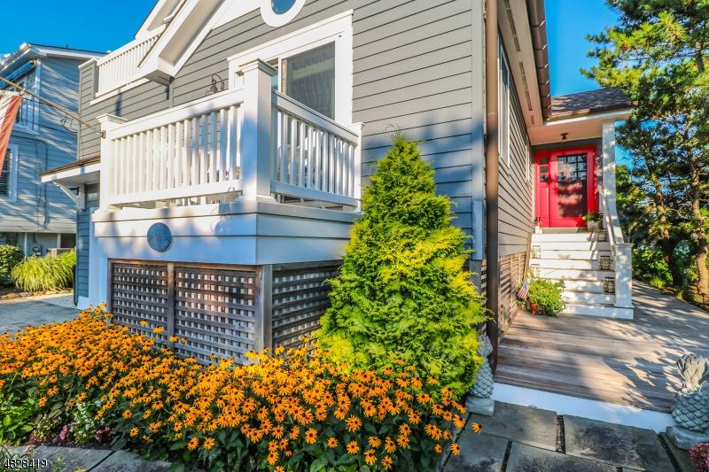 Maison unifamiliale pour l Vente à 8005 BAY TER Harvey Cedars, New Jersey 08008 États-Unis