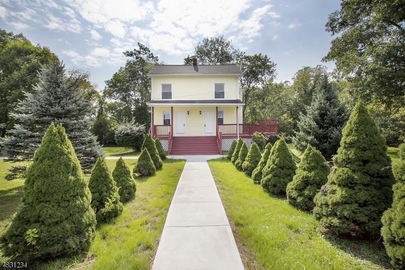Einfamilienhaus für Mieten beim 132 Willow Grove Street Hackettstown, New Jersey 07840 Vereinigte Staaten