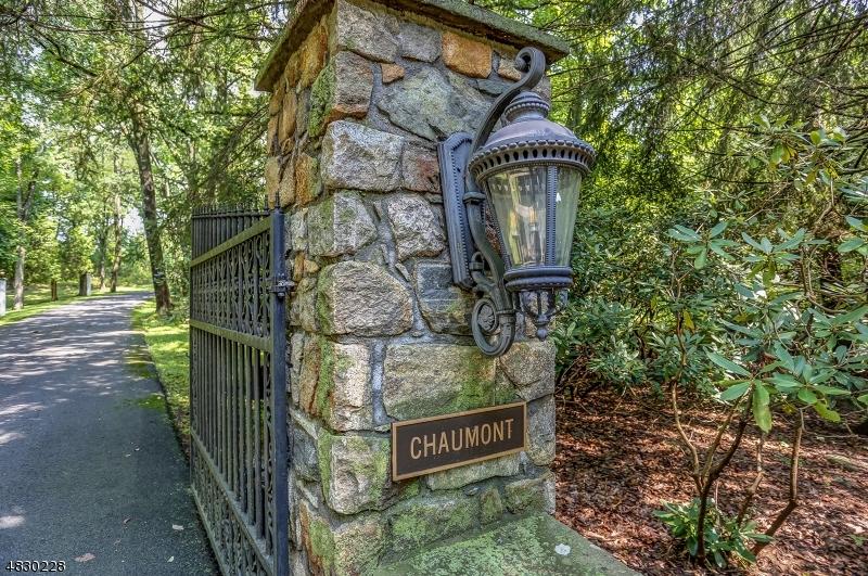 Частный односемейный дом для того Продажа на 210 E MOUNTAIN Road Sparta, Нью-Джерси 07871 Соединенные Штаты