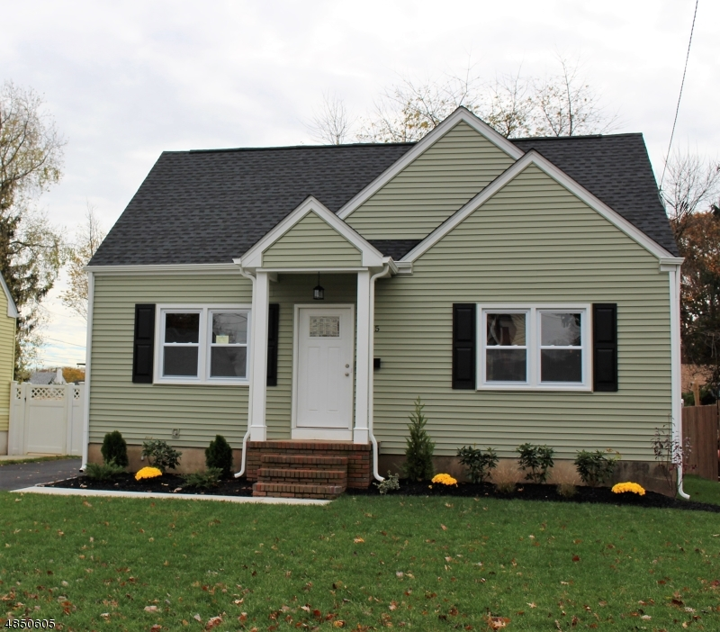 Single Family Home for Sale at 1325 BLEECHER Street Manville, New Jersey 08835 United States