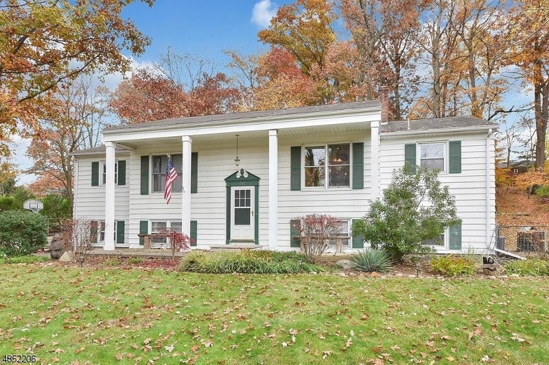 Single Family Home for Sale at 782 HIGH MT Road North Haledon, New Jersey 07508 United States
