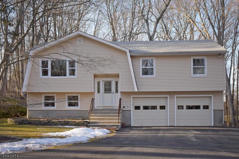独户住宅 为 销售 在 215 Mc Peek Road 安德沃, 新泽西州 07848 美国