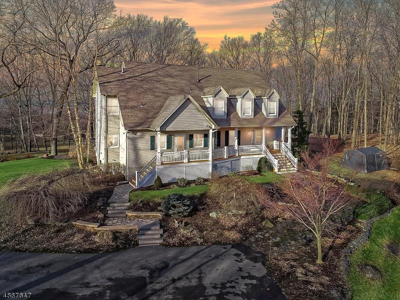 Частный односемейный дом для того Продажа на 69 Van Horn Road Fredon, Нью-Джерси 07860 Соединенные Штаты
