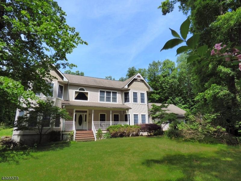 Single Family Homes för Försäljning vid Frelinghuysen Township, New Jersey 07821 Förenta staterna