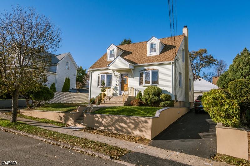 Multi-Family Homes pour l Vente à Garfield, New Jersey 07026 États-Unis